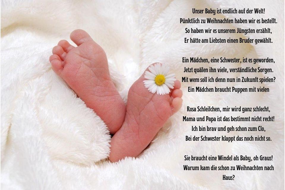 Babyfüße mit Das Baby ist da Spruch