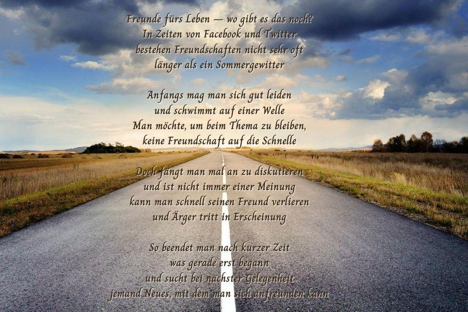 Straße mit einem Freundschaft-Beenden-Spruch