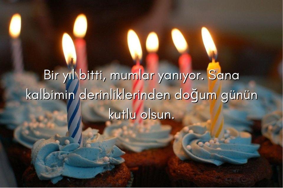 Geburtstagsmuffins mit türkischen Glückwünschen