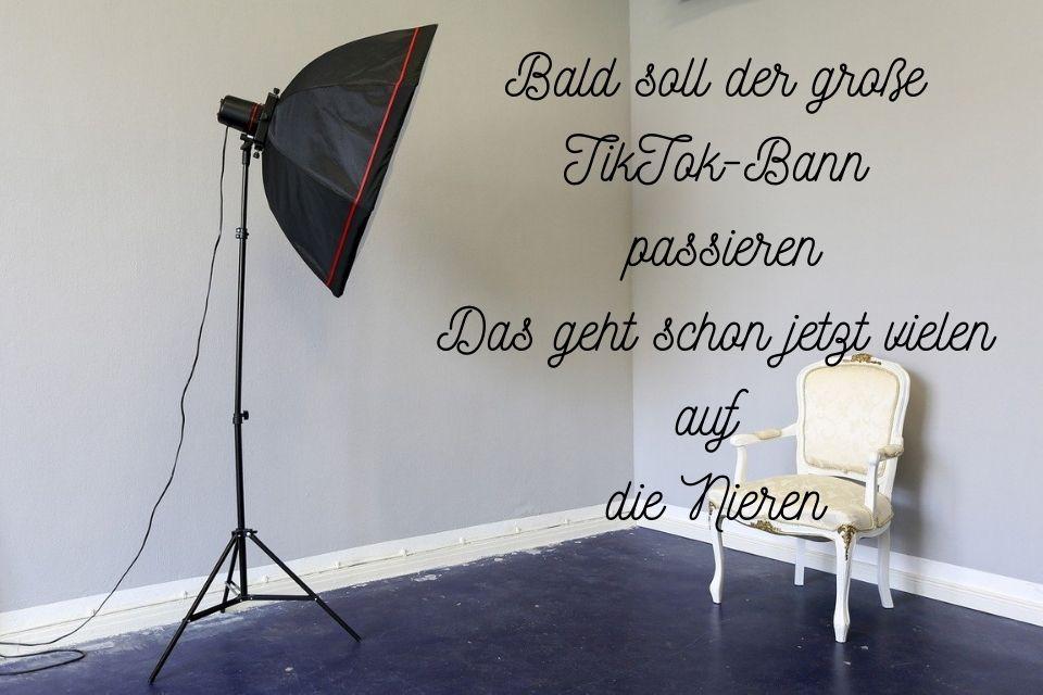 TikTok Sprueche in einem Fotostudio